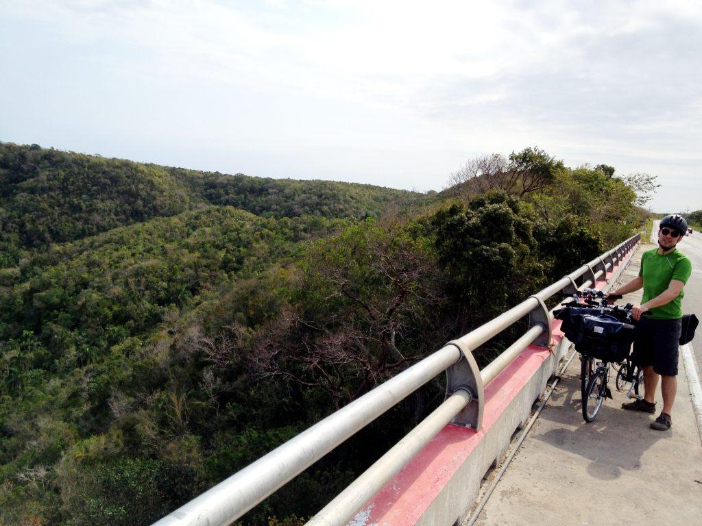 011 Bacunayagua Bridge