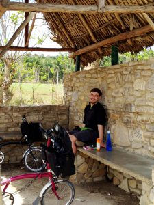073 Stopping for shelter at the Las Terrazas A4 turnoff
