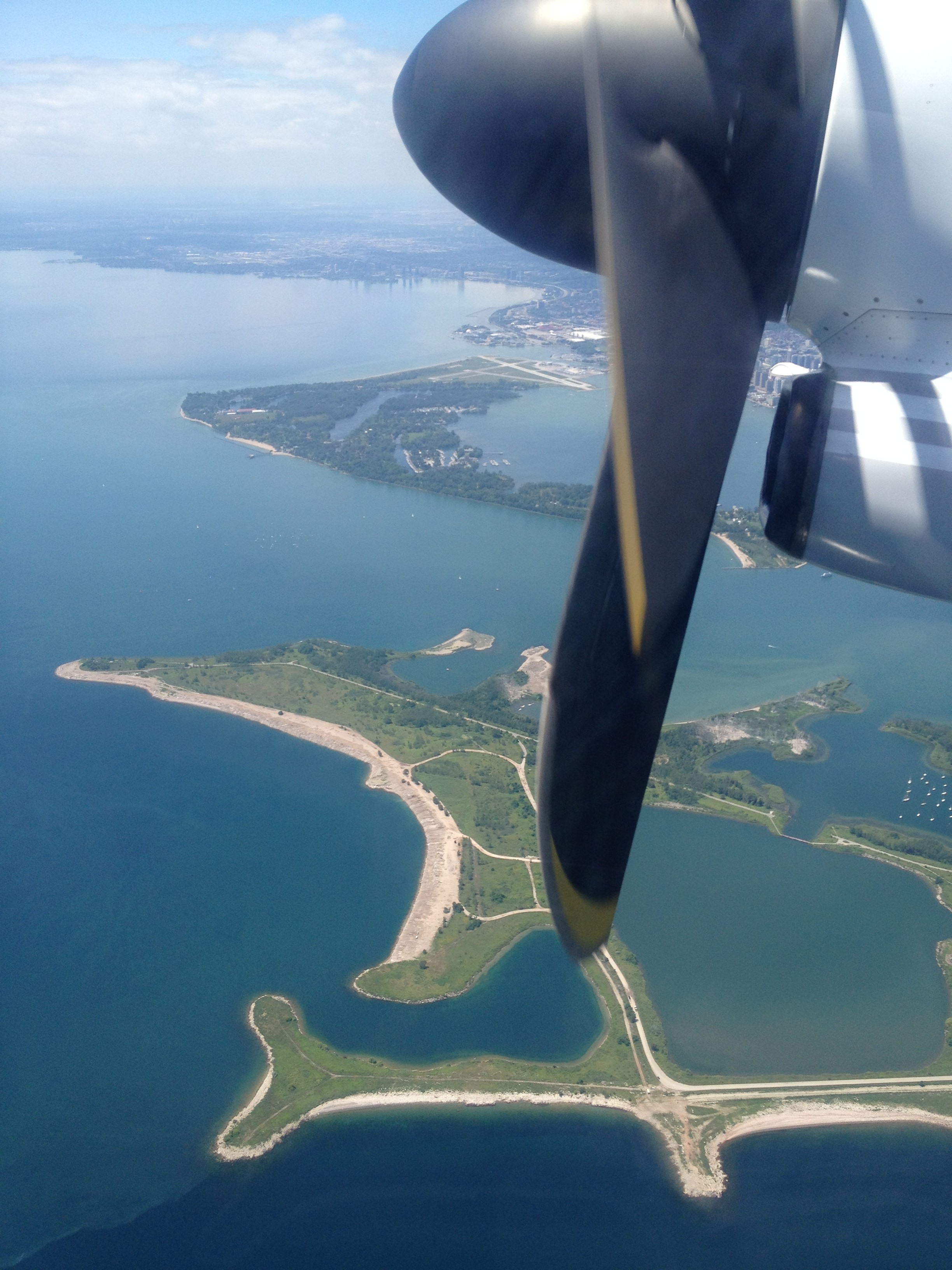 20da6c4d8e3a Flying Porter out of the Toronto Island Airport