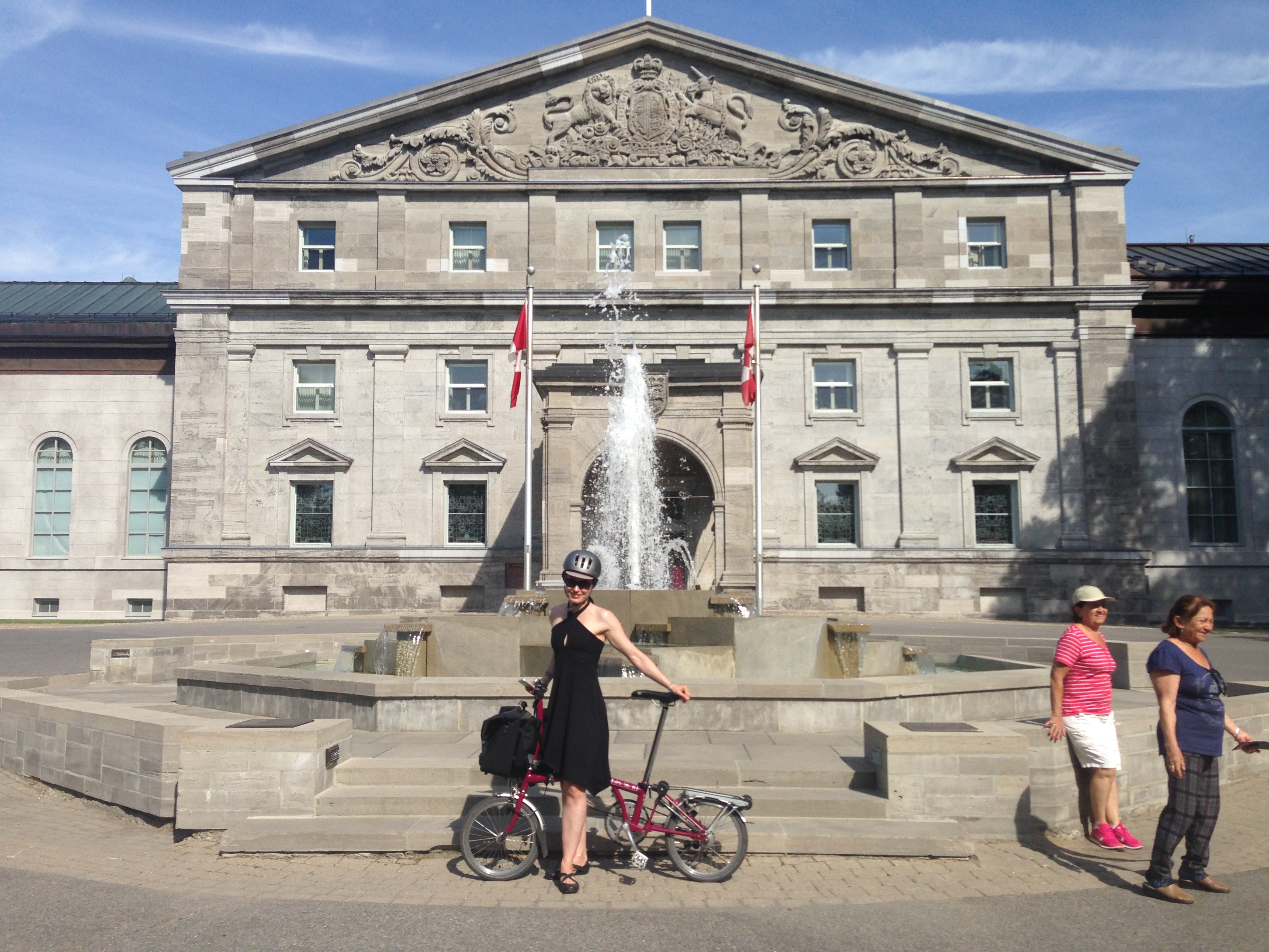 7ca68fa8941c Ottawa  Cycling the Capital Pathway (Rideau River   Canal) - Bromptoning