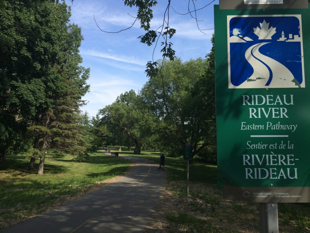 Ottawa Cycling The Capital Pathway Rideau River Amp Canal