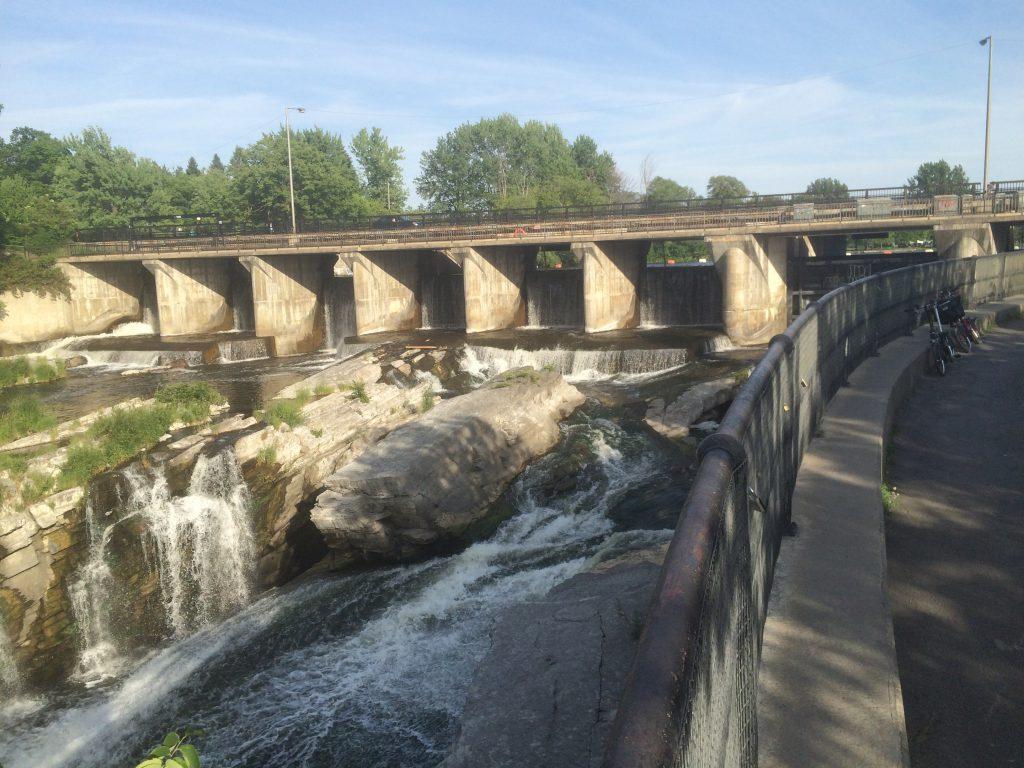 Ottawa - Hog's Back Falls