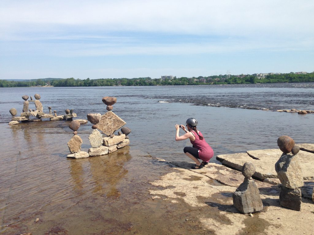 127 Rock Sculptures - me taking pic