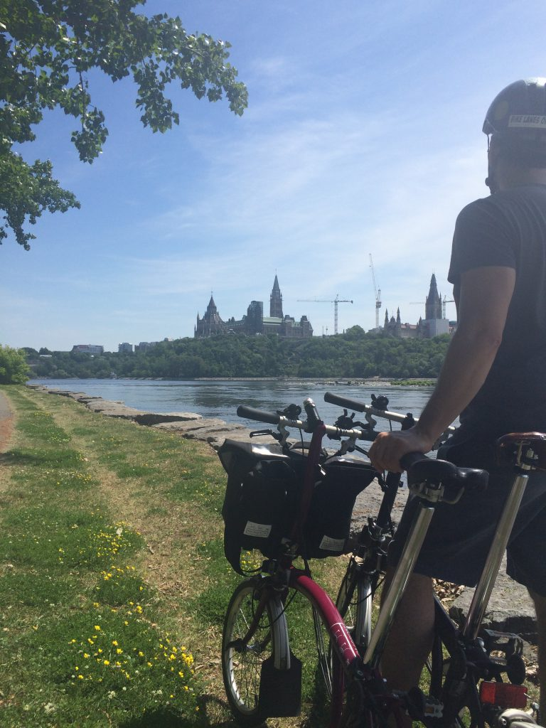 Ottawa: Looking toward Parliament from Voyageurs Pathway