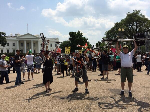 Challenge: Protesting at the White House