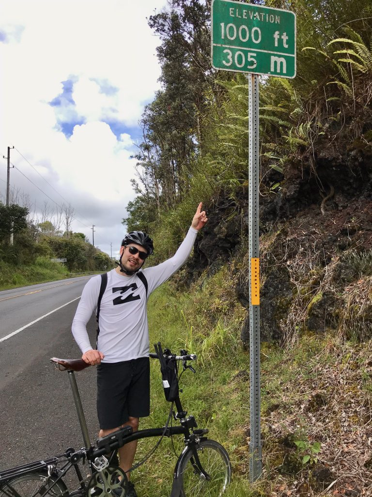 1000ft elevation sign on Highway 130 in Puna, Hawaii.